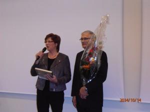 Arja ja Eero noutivat palkinnon Kuntatalolla ja mukana meitä oli yli 30 hakijaa.